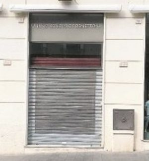 A Catanzaro economia al collasso: i negozi lasciano pure corso Mazzini
