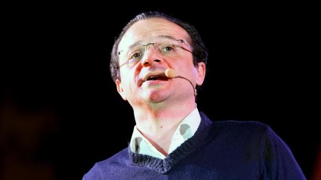 de luca decaduto, dimissioni sindaco messina, Cateno De Luca, Francantonio Genovese, Messina, Sicilia, Politica