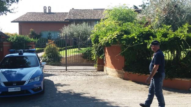 lobo tagliato donna, rapina villa chieti, Sicilia, Cronaca