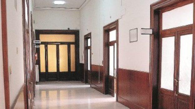 """""""Gettoni"""" e rimborsi ai consiglieri per sedute fantasma? Acquisiti atti al Comune di Catanzaro"""