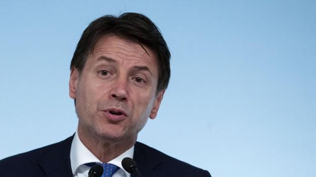 flat tax, pace fiscale, Giuseppe Conte, Sicilia, Politica