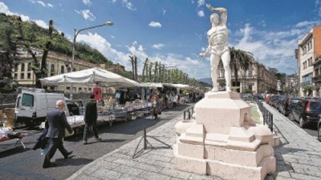 cosenza mercato, piazza amendola trasloco, Cosenza, Calabria, Economia