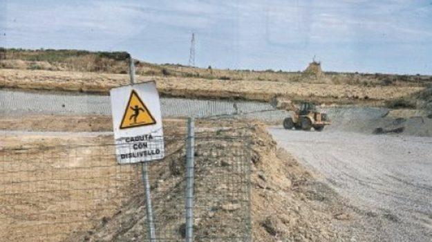 crotone, discarica, emergenza rifiuti, Fernando Guida, Sergio Abramo, Catanzaro, Calabria, Cronaca