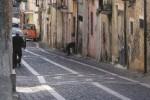 A Lamezia l'antico quartiere Bella si spopola: negozi e bar chiusi, resiste solo la Posta
