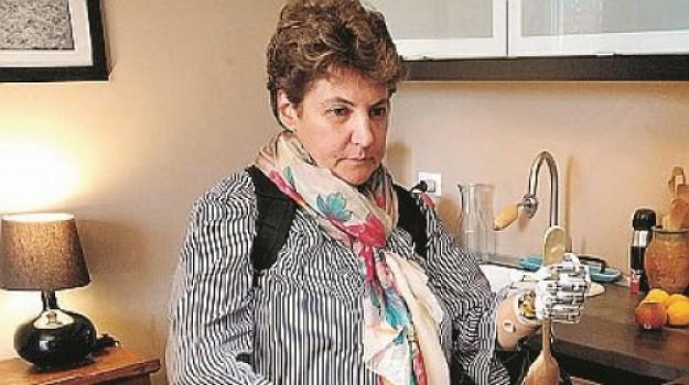 mano bionica, Loredana Puglisi, Silvestro Micera, Sicilia, Società