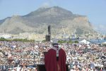 """Il Papa in Sicilia, messa a Palermo """"Non si può credere in Dio ed essere mafiosi: cambiate"""""""