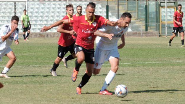 calcio, Messina Bari, serie d, Messina, Sicilia, Sport