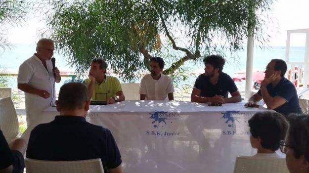 mare in calabria, Attilio Armone, Massimo Stirparo, Catanzaro, Calabria, Cultura