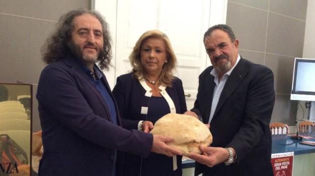 altomonte, Gran Festa del pane, pane, Antonio Blandi, Enzo Barbieri, Eufemia Tarsia, Cosenza, Calabria, Società