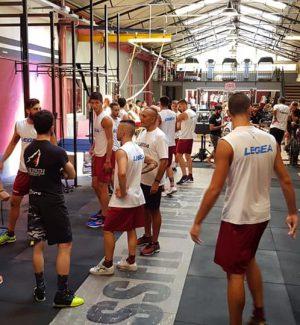 I calciatori della Reggina durante un allenamento