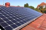 Lamezia, 20 mila pannelli fotovoltaici dismessi e stoccati illegalmente in campagna