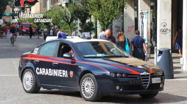 arresto catanzaro, maltrattamenti, violenza di genere, Catanzaro, Calabria, Cronaca
