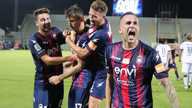 calcio serie b, Crotone Brescia, Ante Budimir, Catanzaro, Calabria, Sport