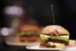 Cheeseburger Day, è festa internazionale per il panino Usa