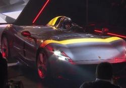 Ferrari, mai così potente: ecco la serie 'Icona' voluta da Marchionne Svelate le due nuove vetture Monza Sp1 e Sp2, ispirate alle barchette da competizione degli anni '50 - LaPresse