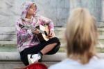 La serenata di Justin Bieber alla sua amata davanti a Buckingham Palace