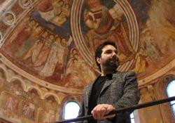Dopo i romanzi ambientati nel monastero medievale, un saggio sugli affreschi della basilica (La nave di Teseo). L'articolo su «la Lettura» in edicola dal 3 dicembre