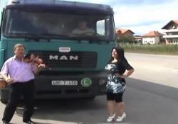 Ona, ona vrijedi kamiona