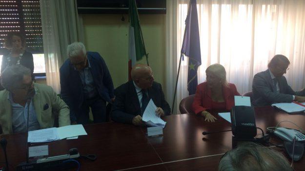 protocollo legalità cosenza, Mario Oliverio, Paola Galeone, Cosenza, Calabria, Politica