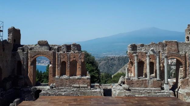 record, teatro, visitatori, Gabriella Tigano, Messina, Sicilia, Cultura