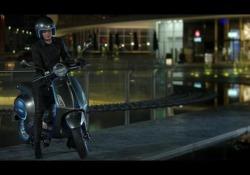 Vespa Elettrica: parte la produzione La declinazione a zero emissioni dello scooter sarà ordinabile da ottobre, ma all'inizio solo online. Non ancora comunicato il prezzo - Corriere Tv