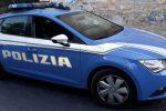 Saracinesca di un negozio crivellata di colpi a Cosenza