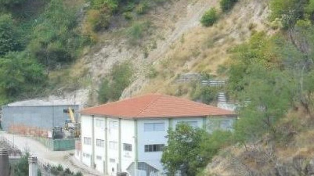 SCHIUSO LICEO LONGOBUCCO, Emanuele De Simone, Cosenza, Calabria, Cronaca