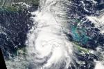L'uragano Michael sulle costedi Cuba, in rotta verso la Florida, fotografato dal satellite Aqua della Nasa (fonte: NASA Worldview, Earth Observing System Data and Information System/EOSDIS)