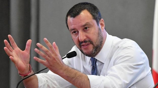 migranti, rimpatri migranti, viminale, Matteo Salvini, Sicilia, Politica
