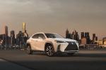 Lexus a salone di Parigi con 3 anteprime, occhi su UX Hybrid