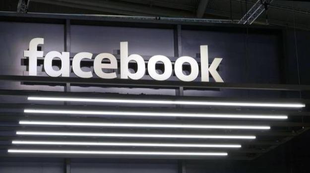 dati diffusi online, facebook, parlamento britannico, Sicilia, Mondo
