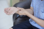 Una paziente di malattia reumatica