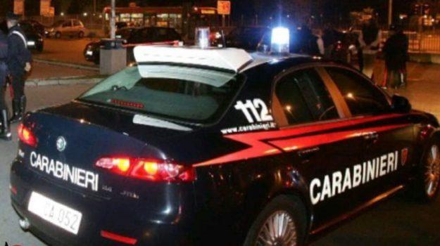 aggressione roggiano gravina, uomo picchiato roggiano, Cosenza, Calabria, Cronaca