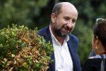 """""""I Topi"""" con Antonio Albanese: in una serie tv racconto il lato comico della mafia"""