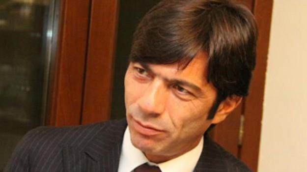 lotta alla ndrangheta, Arturo Bova, Calabria, Politica