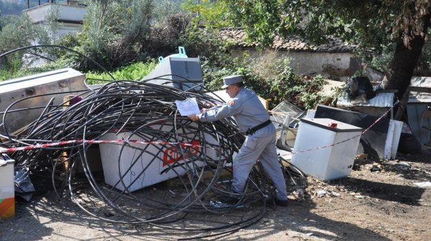 cosenza sequestrata discarica, Cosenza, Calabria, Cronaca
