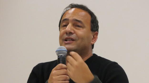 domenico lucano, sindaco riace domiciliari, Domenico Lucano, Reggio, Calabria, Cronaca