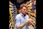 """""""Spreca il cibo"""", il web si scaglia contro Fedez: il video della festa che fa indignare i fan"""