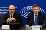 L'Ue boccia la manovra e chiede una nuova bozza entro tre settimane. Mattarella: no al disordine dei conti