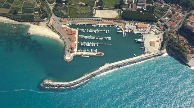 finanziamenti porto, porto amantea, porto Belvedere, porto Scilla, porto Tropea, Francesco Russo, Mario Olverio, Calabria, Economia
