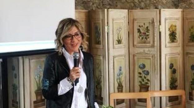 Elvira Leuzzi, Franco Aceto, Reggio, Calabria, Economia