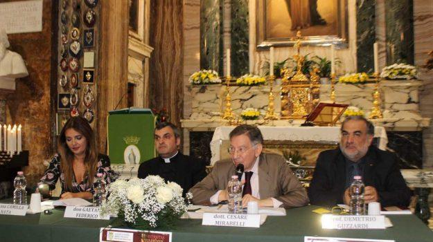 libro arcivescovo catanzaro, Antonio Ciliberti, Catanzaro, Calabria, Cultura