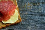 Esperti promuovono il salame: fonte di benefici se consumato in modo corretto, ecco quali sono