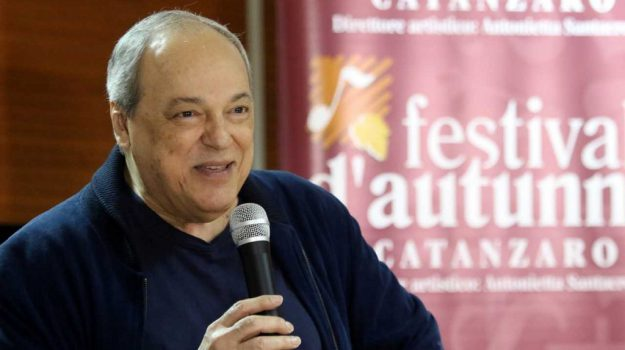 concerto al teatro Politeama, toquinho a catanzaro, Toquinho, Catanzaro, Calabria, Cultura