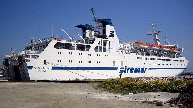 traghetti messina, Messina, Sicilia, Economia, Politica