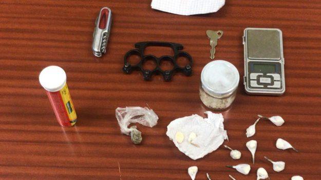 arresto droga Pentone, cocaina Pentone, pentone, Manuel Fabiano, Catanzaro, Calabria, Cronaca