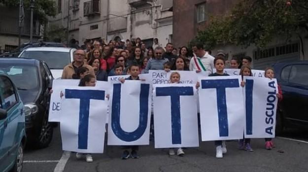aieta, praia a mare, protesta aieta, scuola aieta, Cosenza, Calabria, Cronaca