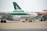 Sciopero aerei del 25 novembre, voli cancellati a Reggio e Lamezia: ecco quali
