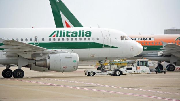 aerei, aeroporto lamezia, aeroporto reggio, sciopero, Calabria, Economia
