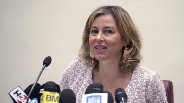 manager sanità calabria, Giulia Grillo, Mario Oliverio, Calabria, Politica